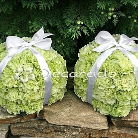Nietypowe kwiatowe prezenty w kolorze pistacji