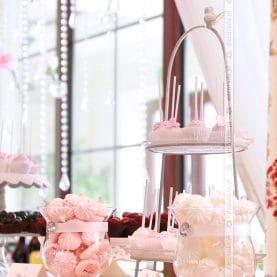 Candy bar – aranżacja słodkiego stołu w Pałacu na Opieszynie