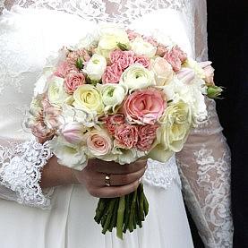 Romantyczna wiązanka ślubna z walentynkowego ślubu