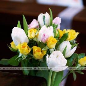 Wiosenne kwiaty, wiosenne kolory – wiosenna dekoracja ślubna