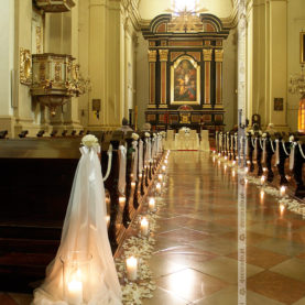 Delikatnie i elegancko – wystrój ślubny Kościoła św. Józefa