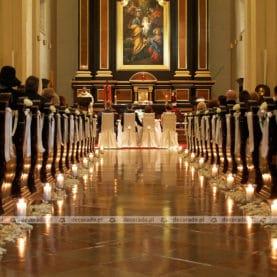 Subtelna dekoracja ślubna – Kościół św. Józefa