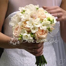 Wiazanka ślubna frezja i róża
