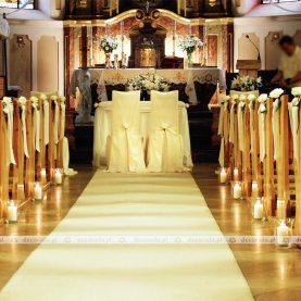 Elegancka i prosta dekoracja Kościoła na Głównej w Poznaniu