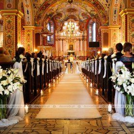 Dekoracja ślubna kościoła św. Andrzeja  w Komornikach