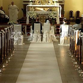 Prosta i elegancka lilia – dekoracja ślubna Kościoła w Kiszewie