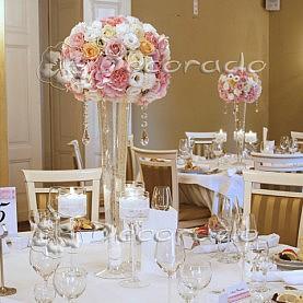 Romantyczna i elegancka dekoracja sali weselnej w Pałacu Biedrusko