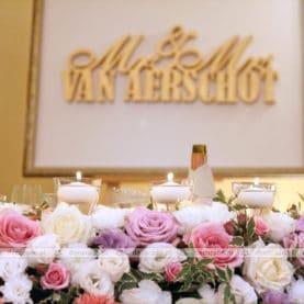 Dekoracja stołu prezydialnego – Pałac Biedrusko