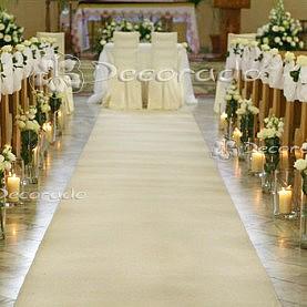 Dekoracja kościoła w bieli