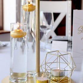 Dekoracja ślubna – złote dodatki, geometryczne akcenty