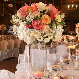Kwiatowe kule – dekoracja ślubna – Leśna Chata