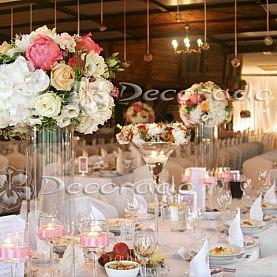 Kwiaty i świece – dekoracja sali w Leśnej Chacie w Jastrowiu