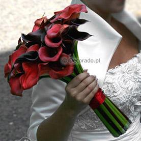Odważne ślubne kolory – czerń z odrobiną czerwieni