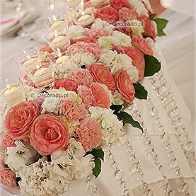Kwiaty, świece, kryształy – Pałac w Rydzynie