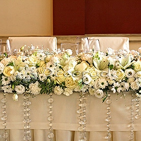 Kryształowe dodatki – dekoracja sali w Hotelu Sułkowski