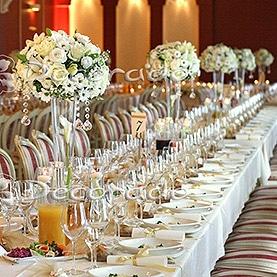 Dekoracja sali w eleganckiej bieli – Hotel Sułkowski w Boszkowie