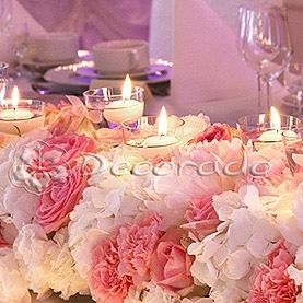 Kwiaty w blasku świec – Pałac na Opieszynie