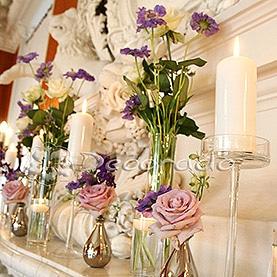 Fioletowa dekoracja kominka – Pałac w Rydzynie