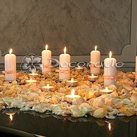 Pastelowa dekoracja na fortepianie – ślubna aranżacja Pałacu w Zakrzewie