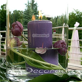 Fiolety na tarasie – świece i tulipany – Lake Hotel