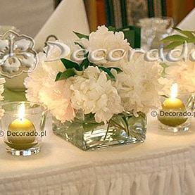 Piwonie, szkło, świece – Pałacyk pod Lipami