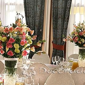 Przepych kwiatów eustomy – Hotel Twardowski