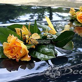 """Dekoracja samochodu """"Eleganckie róże"""""""