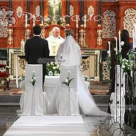 Wiosenna dekoracja ślubna – kościół Św. Antoniego