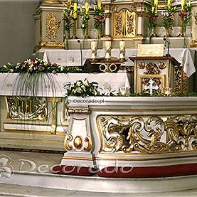 Dekoracja ołtarza kościoła w Nekli