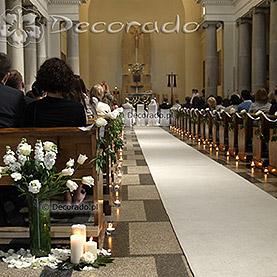 Kościół OO. Dominikanów – wystrój ślubny – biel piwonii
