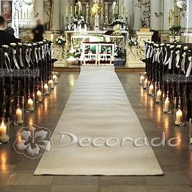 Dekoracja ślubna – świece i kwiaty – kościół w Rydzynie