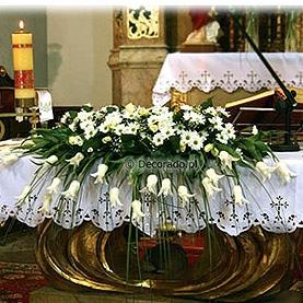 Elegancka kompozycja na ołtarz
