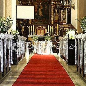 Eleganckie hortensje – dekoracja kościoła w Dolsku