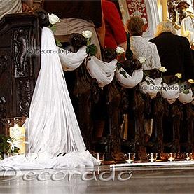 Dekoracja w bieli kościoła Św. Antoniego
