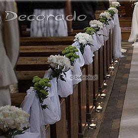 Dekoracja ślubna zieleń i biel – kościół we Wrześni