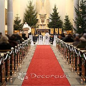 Delikatna dekoracja ślubna – kościół OO. Dominikanów