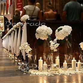 Eleganckie hortensje w blasku świec – Katedra Poznańska