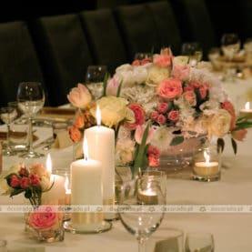 Romantyczna dekoracja stołu