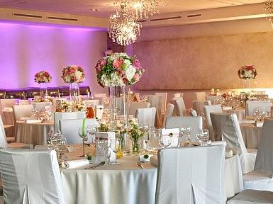 Róża, biel i delikatna zieleń – wiosenne kolory w Hotelu Remes