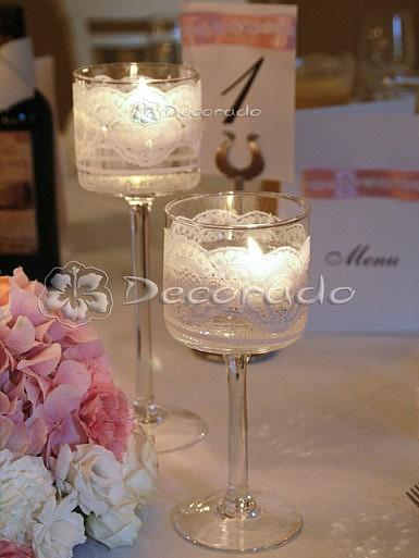 Koronkowe lampiony w ślubnej dekoracji